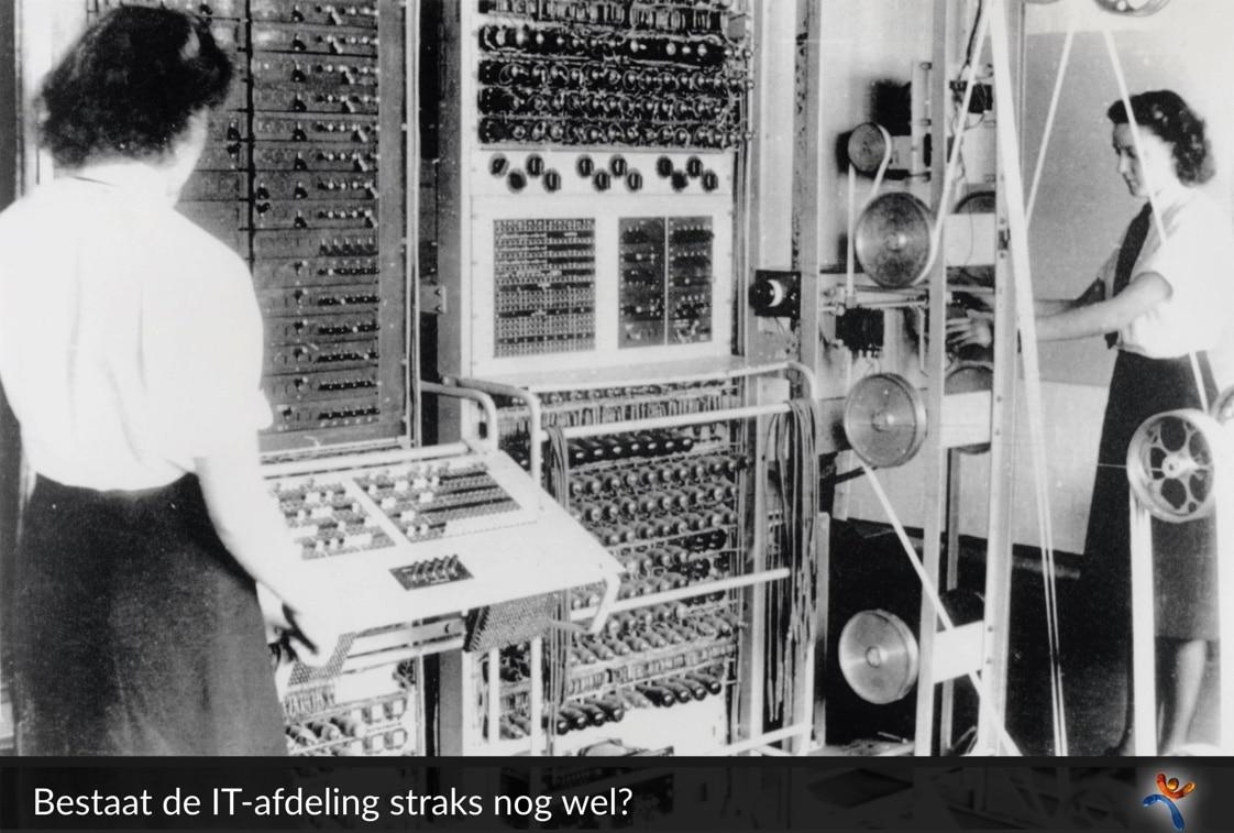 Het beheer van de Colossus, één van de eerste computers, tijdens de Tweede Wereldoorlog. Was Bletchley Park de eerste organisatie met een IT afdeling?